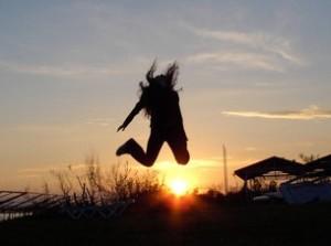 happy-jump-1400599